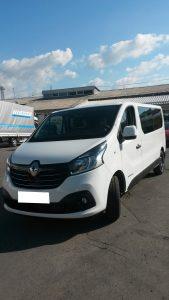 9miestneauto - prenájom 9 miestneho vozidla Renault Trafic - predný pohľad